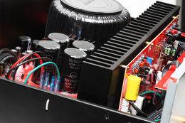Advance Acoustic X-A220 Vue intérieure