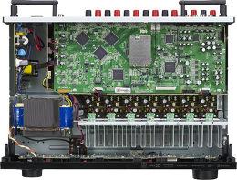 Denon AVR-X1300W Vue intérieure