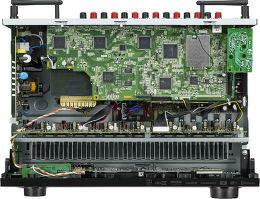 Denon AVR-X2300W Vue intérieure