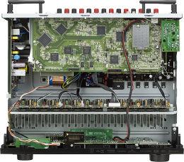 Denon AVR-X3300W Vue intérieure