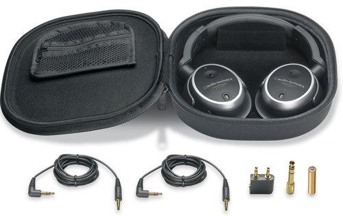 Accessoires livres avec Audio-Technica ATH-ANC7b