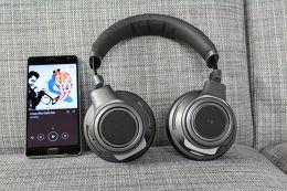 Plantronics Backbeat Pro+ Mise en situation 1