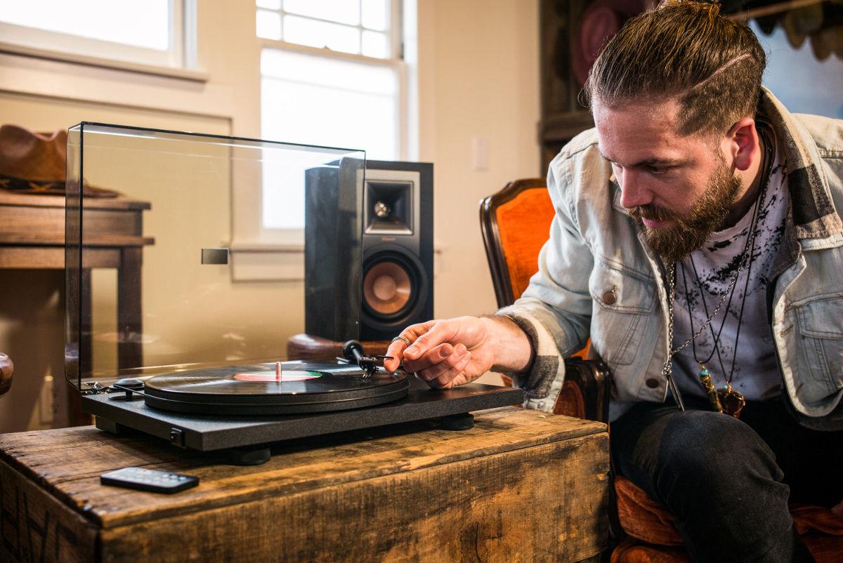 Klipsch R-15PM TT Chaînes vinyle - Son-Vidéo.com