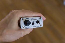 Graham Slee Bitzie USB DAC Vue de détail 1