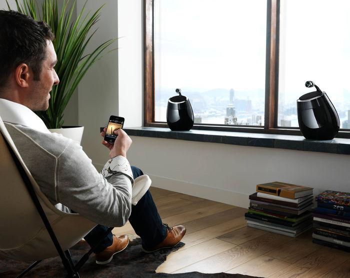 Enceintes Hi-Fi sans fil AirPlay Philips Fidelio DS9800W
