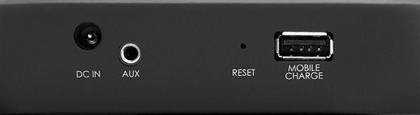 Denon Envaya - Entrée Aux. et port de charge USB