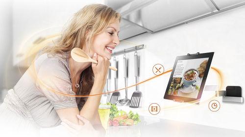 http://www.son-video.com/images/dynamic/Housses_et_etuis/composes/VOGELTMS1030/Vogel-s-TMS-1030_L1_500.jpg