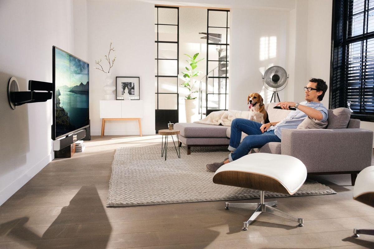 vogel 39 s next 8375 supports tv sur son vid. Black Bedroom Furniture Sets. Home Design Ideas