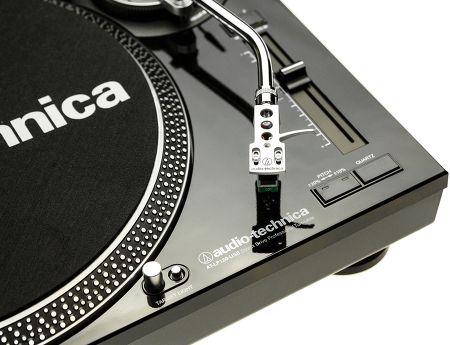 Vue de détail Audio Technica AT-LP120-USBC