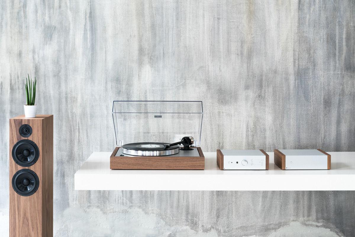 pro ject the classic eucalyptus platines vinyle hi fi. Black Bedroom Furniture Sets. Home Design Ideas