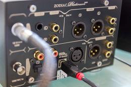 Antelope Zodiac Platinum DSD DAC Vue de détail 2