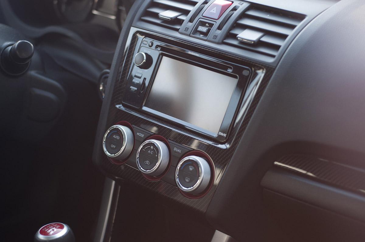 Autoradio voiture car audio Bluetooth télécommande vidéo