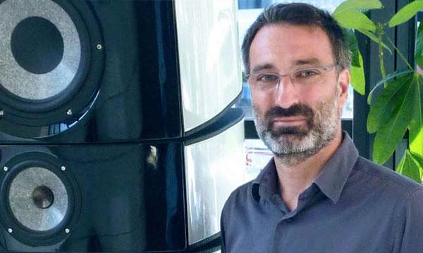 Interview :                                                                 Ludovic Uhring-Cadart : responsable R&D des divisions Casque
