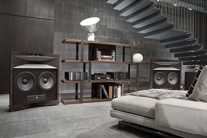 jbl tout savoir sur la marque enceintes et caissons. Black Bedroom Furniture Sets. Home Design Ideas