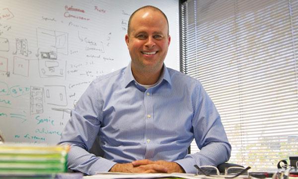 Interview :                                                                 Mark Casavant directeur général adjoint chargé du développement produit chez Klipsch