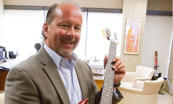Interview :                                                                 Paul Jacobs directeur général de Klipsch Group