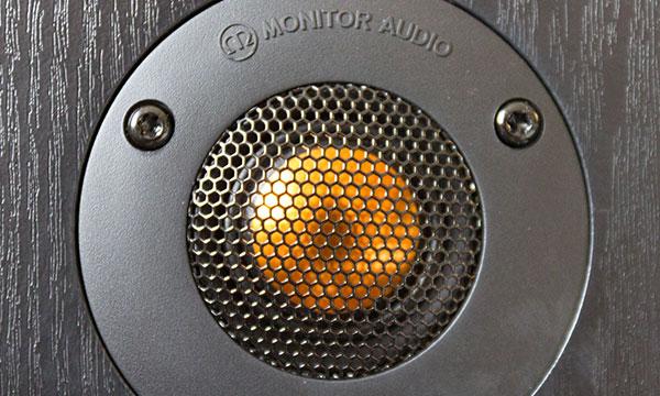 Test :                                                                         Monitor Audio MR2