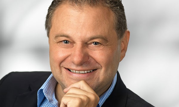 Interview :                                                                 Heinz Lichtenegger : Directeur général de Pro-Ject