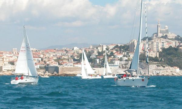 À bord du bateau de l'équipe Son-Vidéo.com lors du challenge Spi Dauphine.