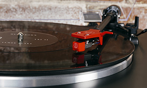Platines vinyle Audio-Technica LP