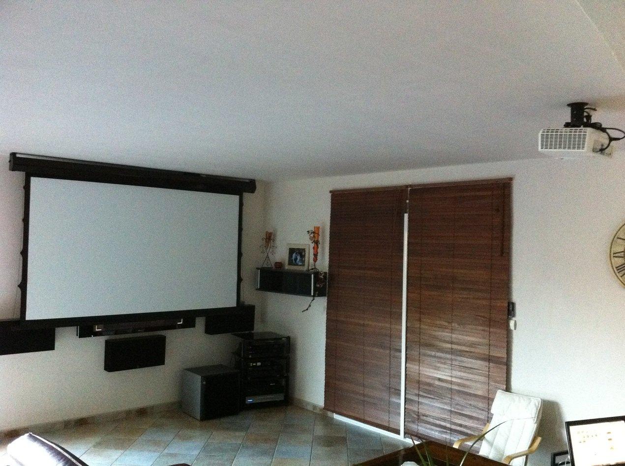 installation home cin ma de eric christelle son vid. Black Bedroom Furniture Sets. Home Design Ideas